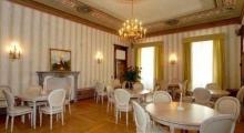 allestimento-sala-da-pranzo-ristorante
