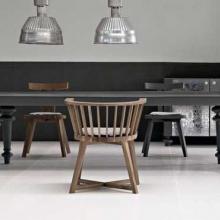 tavolo-con-sedie